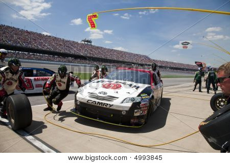 Jim Beam Pit Stop Nascar Sprint Cup Series Aarons 499 Apr 26