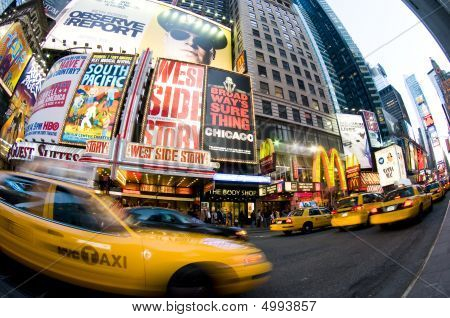 Times Square New York Taxi Movement