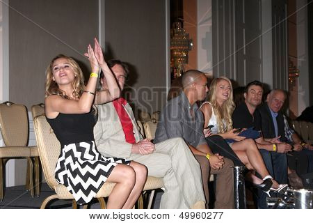 LOS ANGELES - AUG 24:  Hunter King, Beau Kayzer, Bryton James, other cast at the Young & Restless Fan Club Dinner at the Universal Sheraton Hotel on August 24, 2013 in Los Angeles, CA