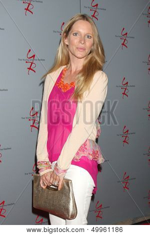 LOS ANGELES - AUG 24:  Lauralee Bell at the Young & Restless Fan Club Dinner at the Universal Sheraton Hotel on August 24, 2013 in Los Angeles, CA
