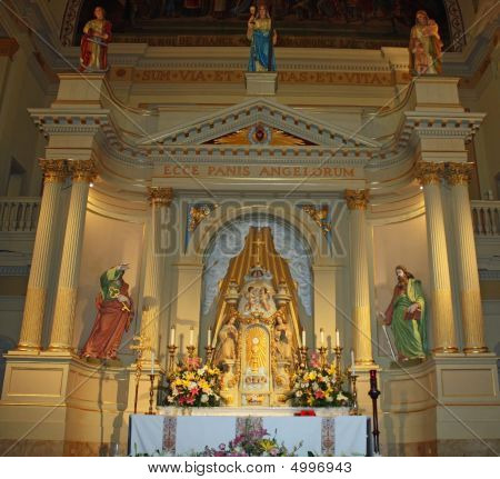 St Loius Cathedral Altar