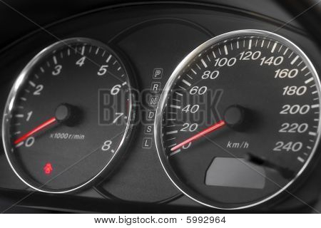 Automobile Speedometer And Tachometer