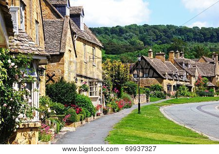 Cotswold cottages, Broadway.
