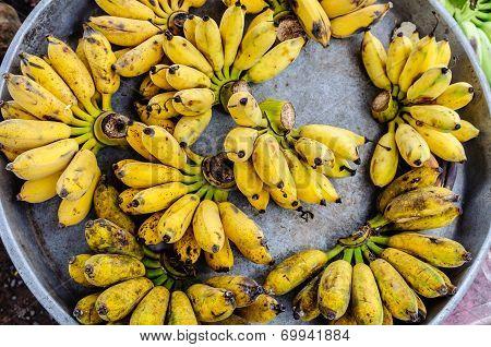 Banana in aluminium tray