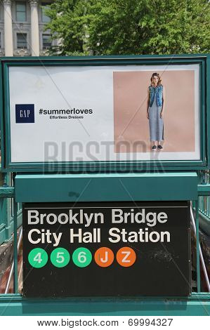 Brooklyn Bridge City Hall Subway Station entrance in NYC
