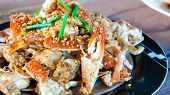 foto of cooked crab  - Blue crab cooked in traditional Thai style - JPG