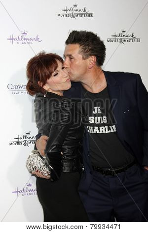 LOS ANGELES - JAN 8:  Marilu Henner, William Baldwin at the Hallmark TCA Party at a Tournament House on January 8, 2014 in Pasadena, CA
