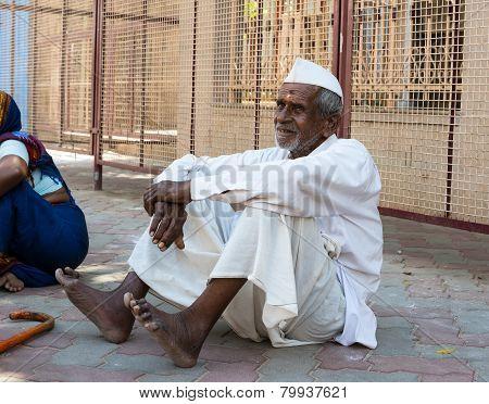 Madurai, India - February 16: An Unidentified Man Resting Near  The Ancient Temple Of Sri Meenakshi