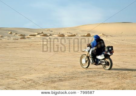 Crossing sahara