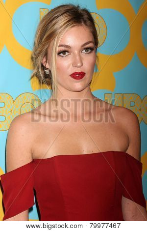 LOS ANGELES - JAN 11:  Lili Simmons at the HBO Post Golden Globe Party at a Circa 55, Beverly Hilton Hotel on January 11, 2015 in Beverly Hills, CA
