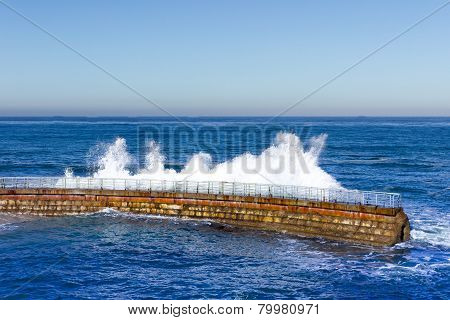 La Jolla Sea Wall with Crashing Wave