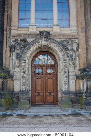 vintage wooden door, Dresden, Saxony Germany