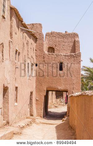 Ait Benhaddou, Morocco: street