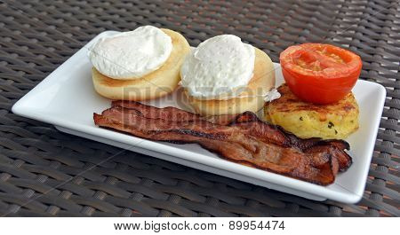 Bacon & Eggs  With Hash Brown & Tomato