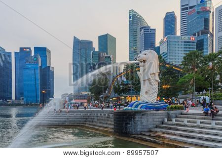 Singapore Merlion After Sunset