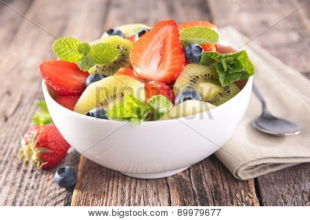 strawberry, blueberry and kiwi