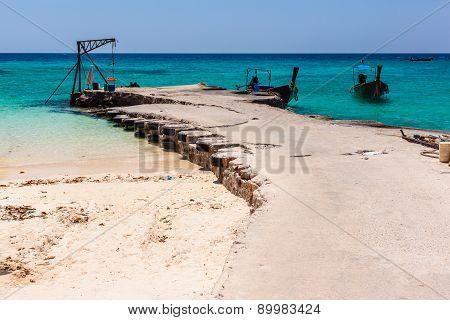 Sandy Pier
