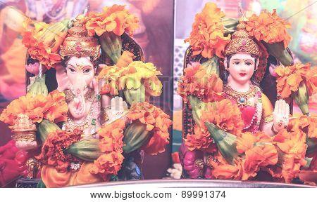 Goddess Lakshmi And Lord Ganesha - Retro Style