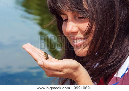 little frog in the hand
