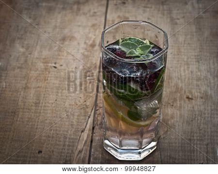Fresh Cold Lemonade