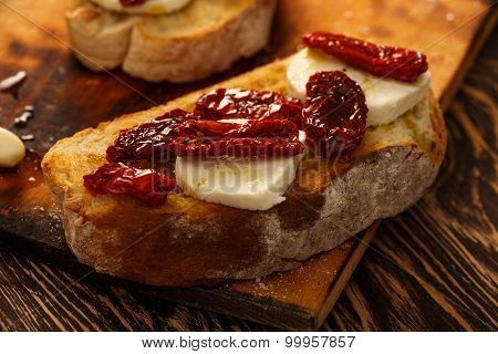 Bruschetta With Mozzarella