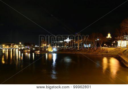 Night Tbilisi. View of Kura River and promenade