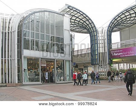 Les Halles glass and steel exterior