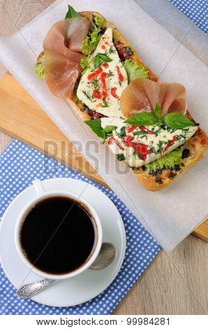 Sandwich With Mozzarella And Jamon
