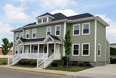 pic of duplex  - Small apartment complex - JPG
